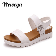 Weweya 2017 Summer Gladiator Sandals Women Aged Leather Flat Fashion Women Shoes Casual Occasions Comfortable The Female Sandals(China)