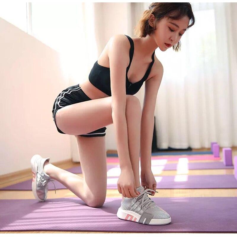 Dumoo marque chaussures de sport populaires femmes chaussures décontractées femme blanc/noir chaussures talon 3 cm Zapatillas Mujer formateurs