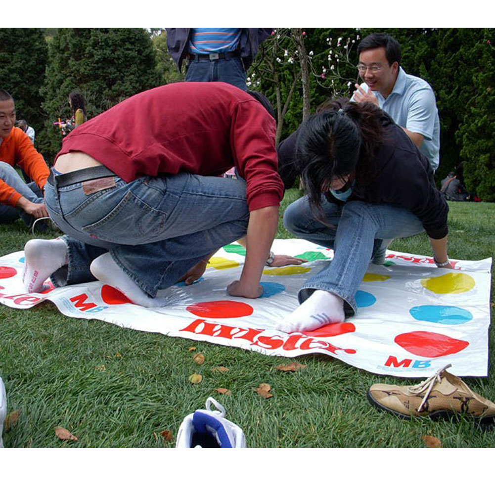 Funny-Kids-Body-Twister-Moves-Mat-Board-Game-Group-Party-Sport-Toy-Gift-2