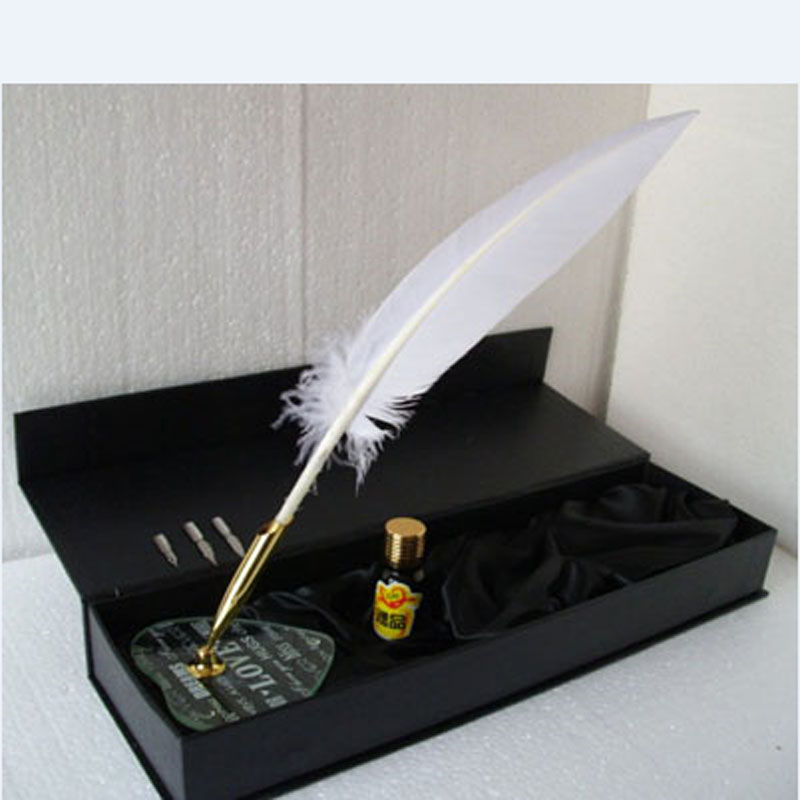 Nature Turkey Feather Dip Pen SetNature Turkey Feather Dip Pen Set