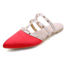 2019 new baotou rivet half slippers popular womens shoes low with pointed rivets Mules Roman sandals
