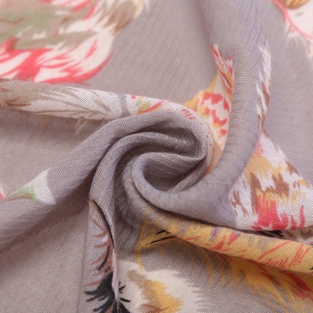 Spring Feather Scarf   Lightweight Scarves