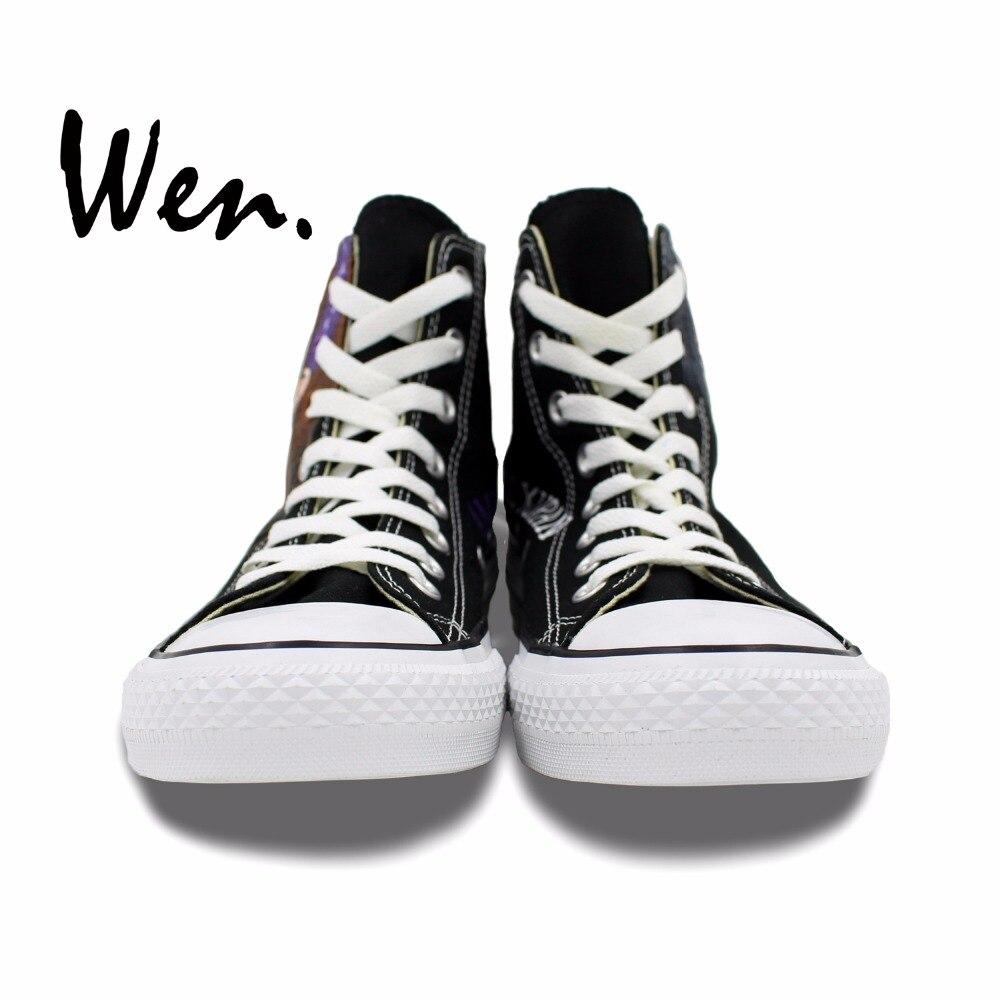 on sale 4d686 34b24 Wen Main Peiné Chaussures Anime Design Personnalisé Vampire Chevalier Hommes  de Femmes Noir High Top Toile Sneakers D anniversaire Cadeaux dans Planche  à ...
