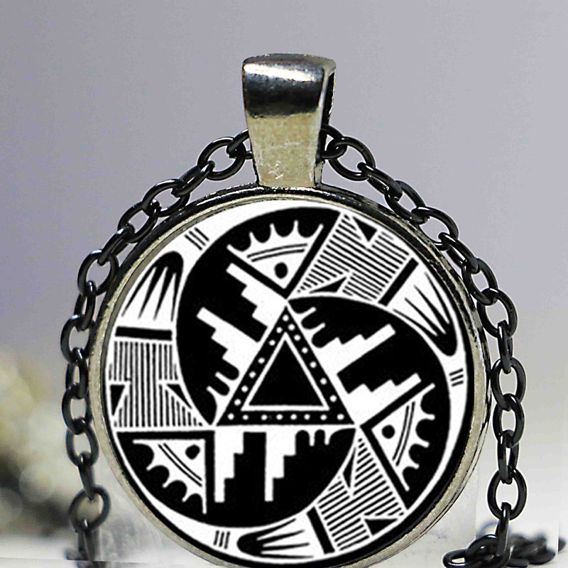 NDIAN PENDANT Hopi Design Pendant Black and White Anasazi Indian Necklace Native American Design Southwest Jewelry