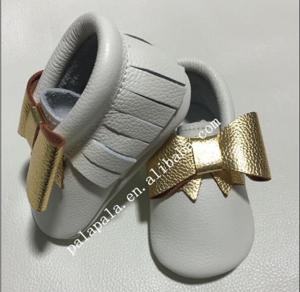 New designs white with gold bow Genuine Cow Leather Baby Moccasins bow Soft Shoes Newborn first walker Anti-slip Infant Shoes