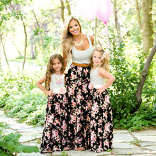 2019 Summer Family Matching clothes Mom and Daughter dress striped Mother Daughter Flower dresses kids Parent Child Outfits Look summer mother and daughter dress family look children golden floral jacquard aline dress kids