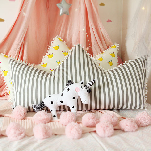 Crown Shape Pillow Cute Decorative Pillows For Kids Birthday Gifts Girls Room  Decoration Soft Cotton Back