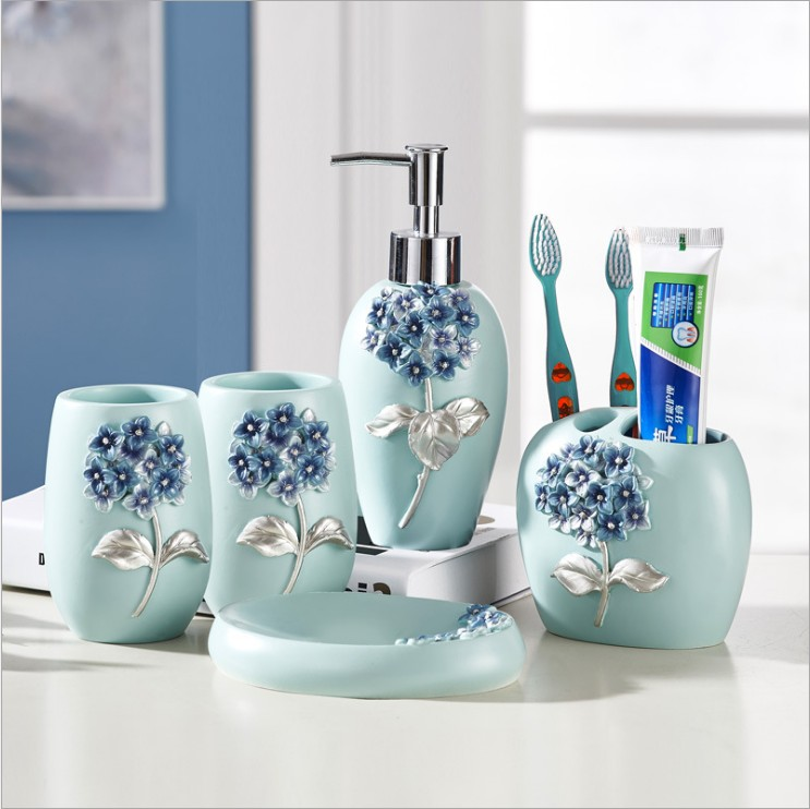 5 Pieces Resin Bathroom Accessories Sets Tooth Brash Holder Soap Dish Dispenser Rince Cup European-style Blue flower