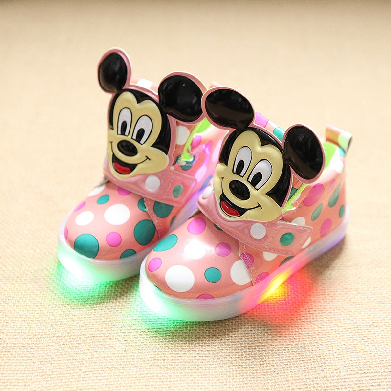 2017-European-fashion-cute-LED-lighting-children-shoes-hot-sales-Lovely-kids-sneakers-high-quality-cool-boy-girls-boots-eu-21-30-3