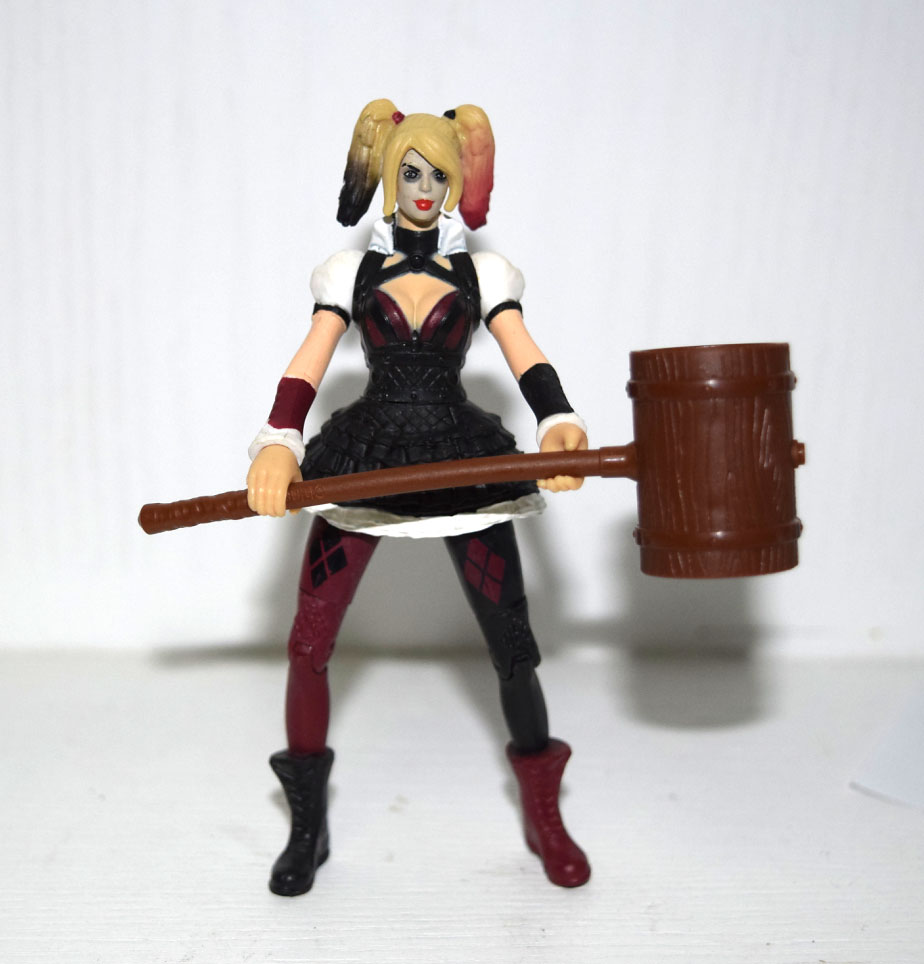 DC Collectibles Arkham City Harley Quinn With Weapons Stand Loose Action Figure