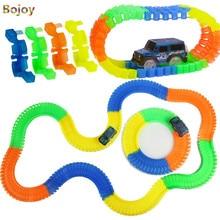 Glow Racing Track játéklejátszó fedélhez Flexible Track Led kaszkadőr Car LegoINGly Toy 220db Race Track 2pc LED lepin Játékok fiú ajándékhoz