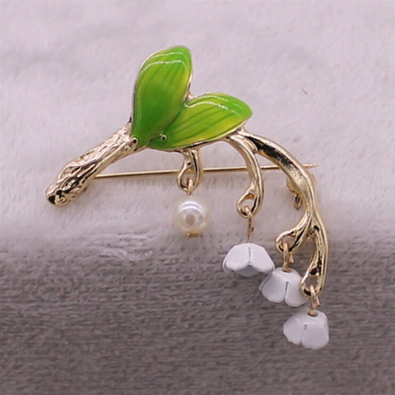 2018 New green enamel plant style drop glaze alloy tree branch Imitation pearl girl collar pin brooch factory direct sale ...