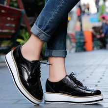Women Casual Shoes Flats Platform Brogue Wedges Creepers Ladies Leather Shoes Patent Oxfords Lace Up Pointed Toe
