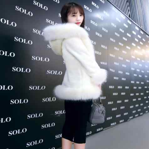 Меховые женские пальто из искусственного меха 2019 зимние женские пальто из искусственного меха кролика меховые куртки с капюшоном для девочек M891