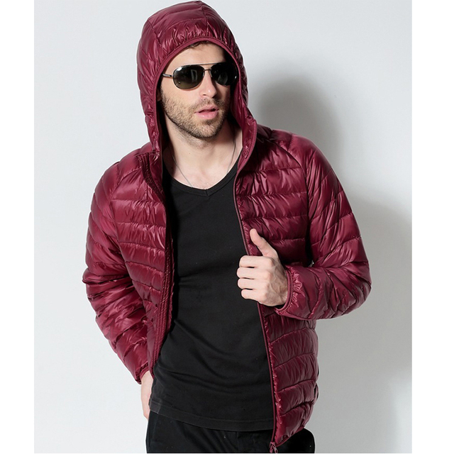 Men White Duck Down Jacket 2020 New Portable Hooded Down Coat Ultralight Men Winter Coat Warm Thermal Down Parkas 4