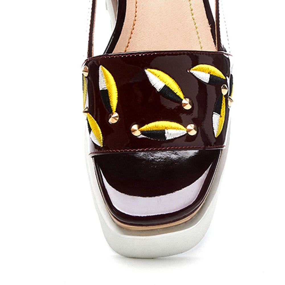 D'été De Femme Qualité Rouge Broder Sandales Doratasia Femmes Pour blanc forme Coins Grande Verni Cuir 33 Chaussures Mode Taille Vache En Plate 2019 41 1Sqw5