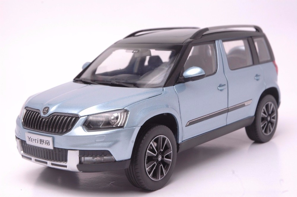 1:18 Diecast Model for Skoda Yeti Blue SUV Alloy Toy Car Miniature Collection Gifts 1 18 diecast model for toyota gt86 orange coupe suv alloy toy car collection gifts gt 86