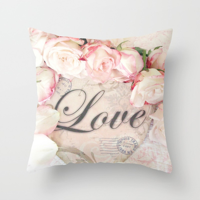 love-and-roses-pillows