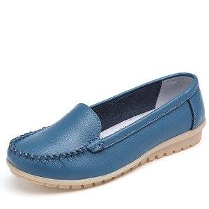 Image 2 - Dobeyping סגנון חדש נעלי אישה רך אמיתי עור נשים דירות נעליים להחליק על נשים של מזדמנים אמא נעל בתוספת גודל 35 42