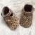 Estampado de leopardo t-bar zapatos recién nacidos