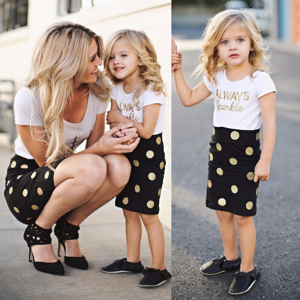 Mom and Baby Clothing Sets Mother Daughter Dresses Family Matching Clothes Baby Girls and Mommy Short Sleeve Clothes Dot Skirts girl