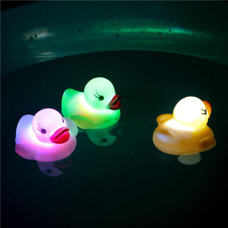 Plastic Cartoon Water-sensing Glowing Duck Baby Kids Light Up Floating Bathroom Swimming Squeaky Bath Toys Christmas Gifts new