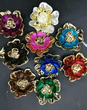 new 5pcs 6cm flower shape jewerly Accessories gold palted pedestal embellishments caps sew-on diy garment accessories(China)