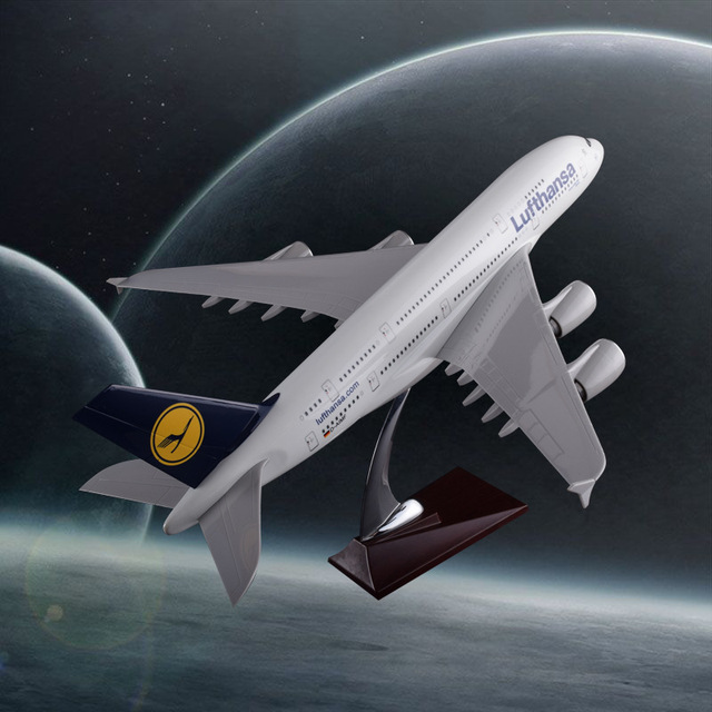 45cm A380 German Lufthansa Airlines Airplane Model Resin Aero German Airbus Airways Model Creative Gift Collection Souvenir