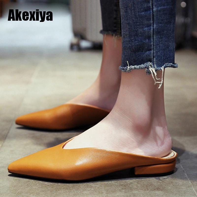 Women Flat Shoes Brand 2019 Fashion Mules For Women PU Leather Pointed Toe Slip On Flip Flops Women Slipper M625