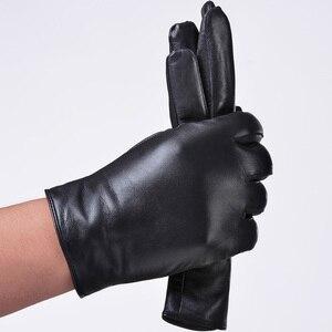 Image 4 - St.Susana 2018 men fashion simple brief England Russian gift show Male sheepskin genuine leather thin short gloves winter