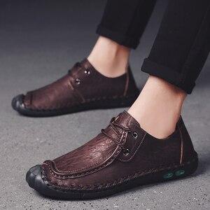 Image 5 - プラスサイズ本革紳士カジュアルシューズ非スリップローファーフラットシューズ男性通気性屋外の快適ウォーキング男性の靴