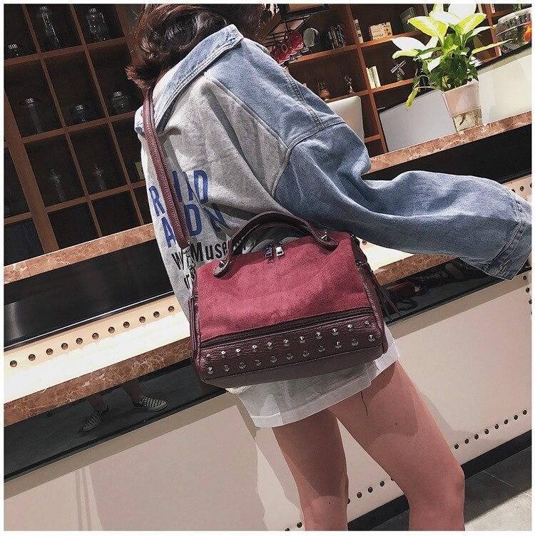 Vintage Rivet women Handbag Matte leather Boston Big Tote bag Winter new Shoulder Bags for Women Messenger Bag Blosa Sac (13)