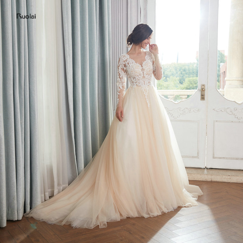 vestido de noiva Light Champagne Ball Gown Royal Wedding Dress 2018 Long Train Appliques Vintage Wedding Gown Bridal Dresses gown