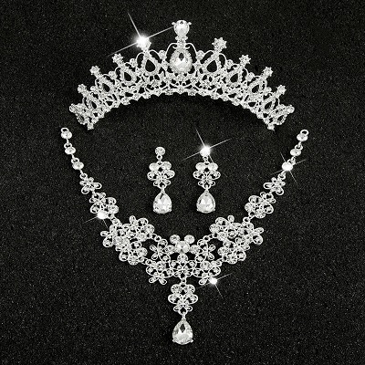 Hot Sale Sliver Plated Rhinestone Crystal Necklace+Earrings+Tiara 3pcs Jewelry Set For Bride Bridal Wedding Accessories (21)