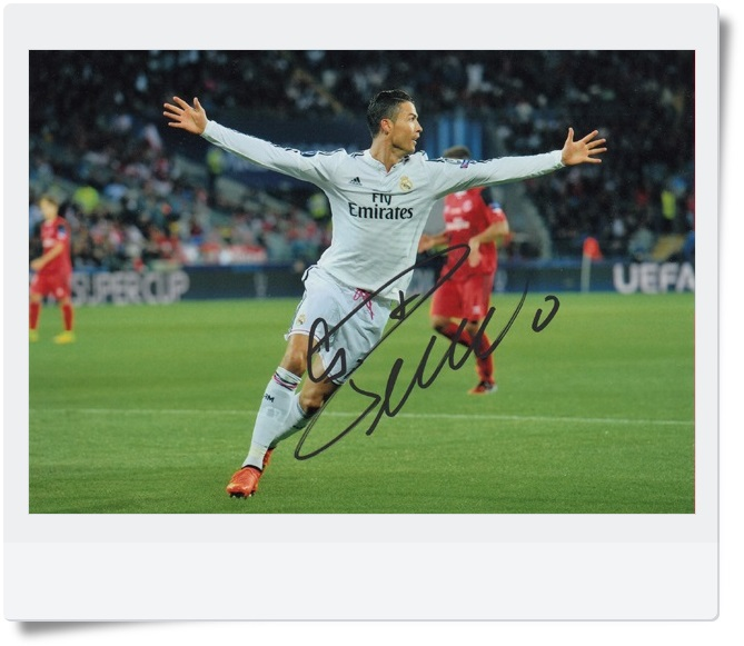 signed Cristiano Ronaldo autographed  original photo  7 inches freeshipping 4 versions 062017 B VERSION signed haruki murakami autographed original photo 7 inches freeshipping 062017
