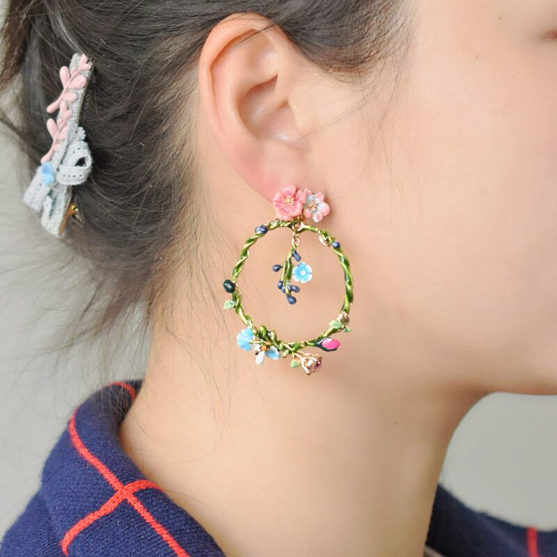 Warmhome Trendy Jewelry Enamel Glaze Copper Wild Garland Bee Insect Circle Flowers Gem Stud Earrings For Women