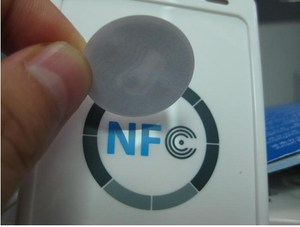 10pcs/lot NFC Tags sticker for Samsung Galaxy S4 GS4 NTAG213 compatible with all others nfc android phone