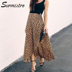 Image 1 - Surmiitro מנוקדת הדפסת ארוך מקסי קיץ חצאית נשים אופנה 2020 גבירותיי לבן שחור פיצול גבוה מותן אונליין שמש חצאית נקבה