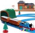 Томас и друзья электрический железнодорожных детская игрушка мальчик детей игрушечный поезд набор