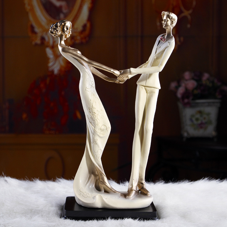 Home Decoration And Furnishing Articles Couple Characters: Aliexpress.com : Buy European Couples Characters Of Resin
