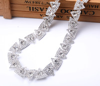 Free Shipping 1yards Triangle Rhinestones Trim Cup Silver Chain Bridal Dress Applique Glass Stone Decoration For