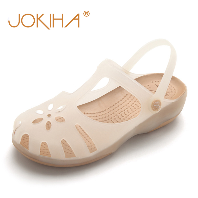 Summer Women Mules Clogs Beach Breathable Slippers Woman's Sandals Jelly Shoes Cute Discolor Garden Shoes Clog For Woman Girls