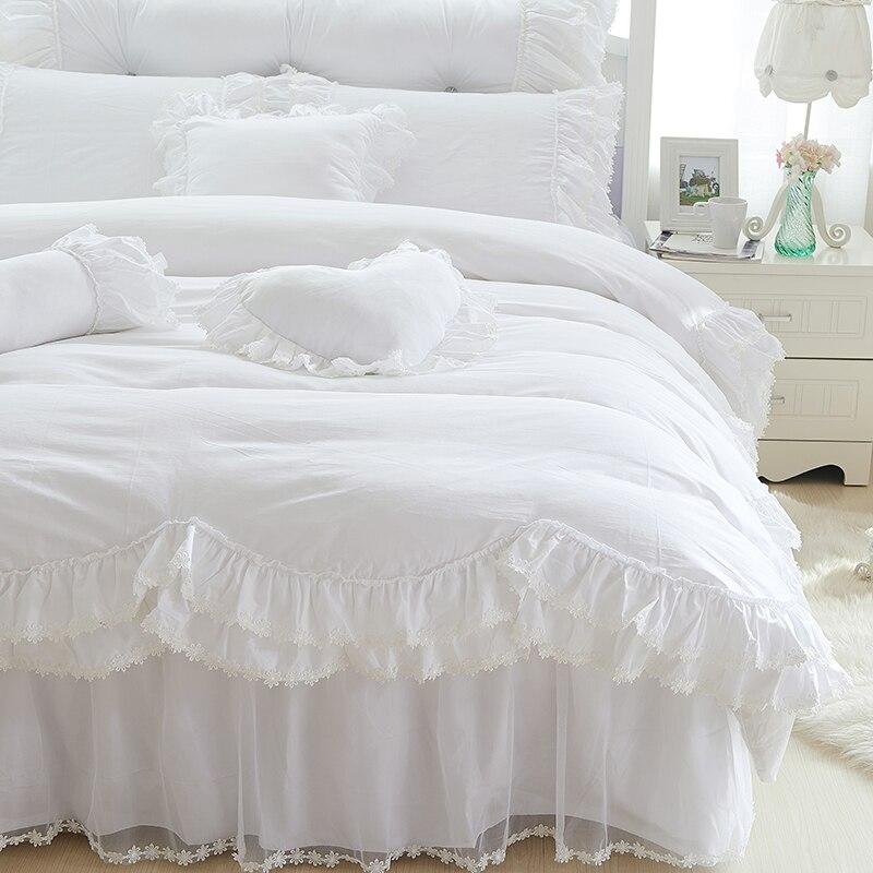 หิมะสีขาวชุดเตียงหรูหราเจ้าหญิงลูกไม้ผ้านวมปกแต่งงานโรแมนติกที่นอนหมอนมุ้งR Ufflesกระโปรงเตียงผ้าคลุมเตียงขนาดควีนไซส์กษัตริย์-ใน ชุดเครื่องนอน จาก บ้านและสวน บน   2