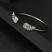 Hot style Korean fashion jewelry with crystal angel wings bracelet personality alloy open flash wholesale