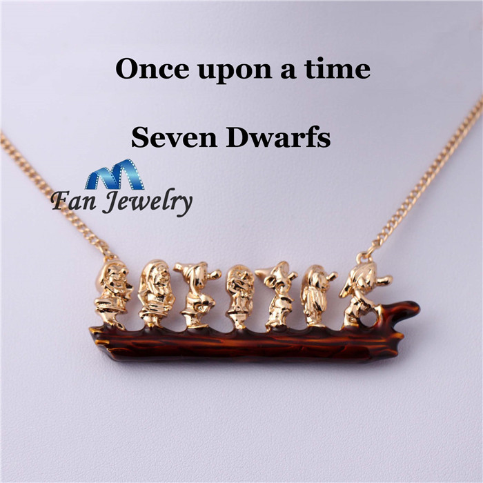 once upon a times now white with Seven Dwarfs sweather necklace XL492