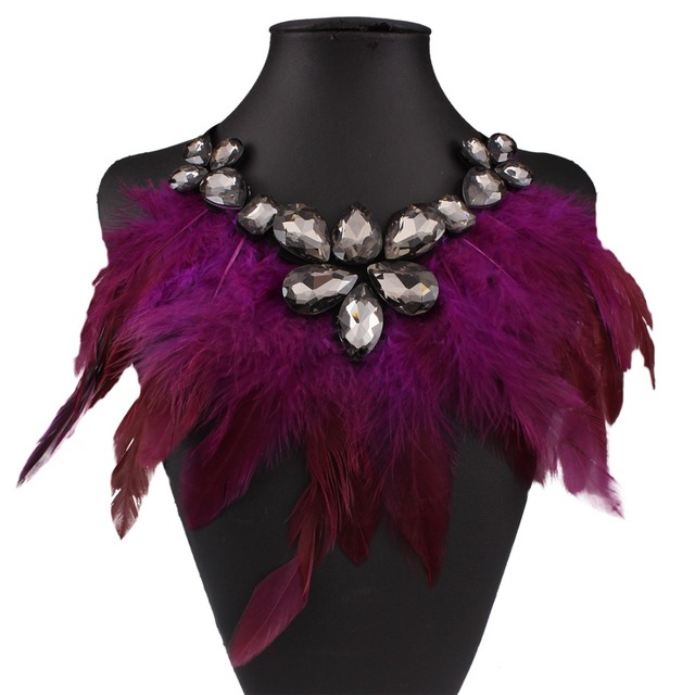 Fashion Feather Statement Necklace