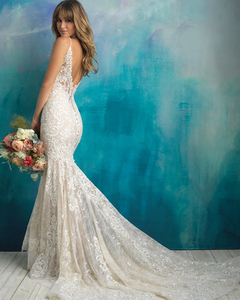 Image 2 - 2020 New Arrive Gelinlik Spaghetti Straps V neck Backless Beading Appliques Lace Sexy Mermaid Wedding Dress Vestido Noiva Sereia