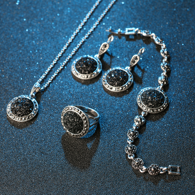 4 Pieces Silver Plated Vintage Black Broken Stone Jewelry Set