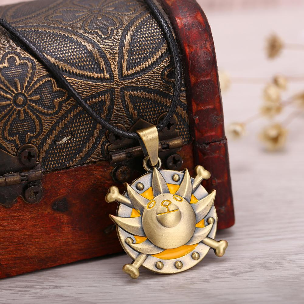 One Piece Bronze Metal Necklace Thousand Sunny Logo Pendant Cosplay Accessories Jewelry