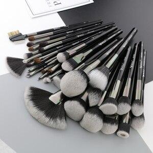Image 4 - Beili preto 35 peças profissional natural maquiagem escovas conjunto de mistura sobrancelha corretivo delineador fundação pó escova maquiagem